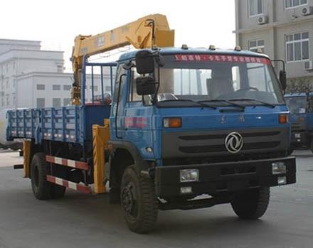 江特东风6.3-8吨国四随车吊(有燃油)