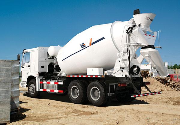 柳工CLGTM307E混凝土搅拌车高清图 - 外观