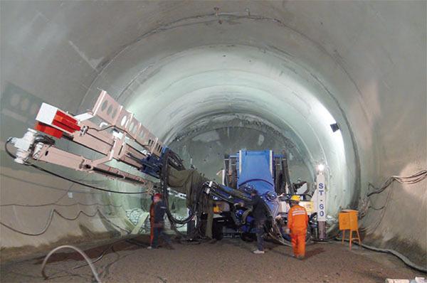 土力机械ST60隧道超前支护管棚钻机