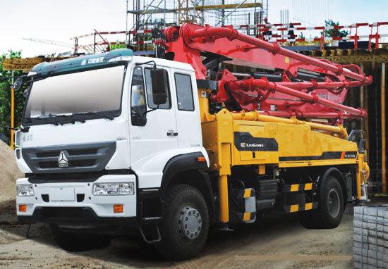 柳工HDL5200THB2842E混凝土泵车