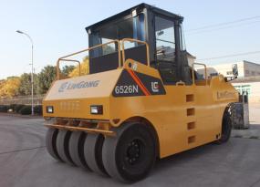 柳工CLG6526N轮胎压路机