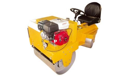 远恒YH-JS700B驾驶式压路机高清图 - 外观