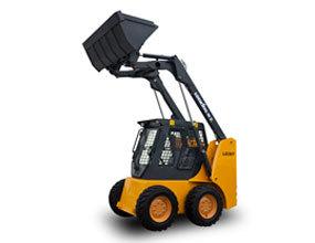 龙工LG307滑移装载机高清图 - 外观