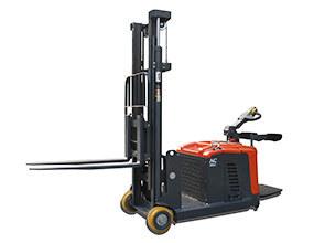龙工E10-15GL全电动平衡重堆高车