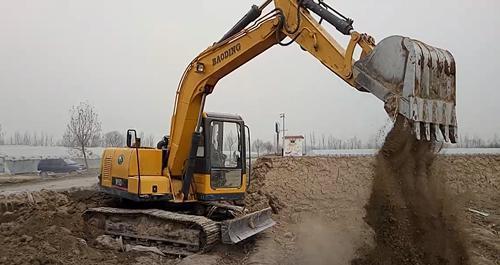 宝鼎BD90-9挖掘机