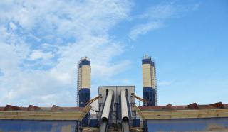 亚龙筑机HZS90水泥混凝土搅拌设备