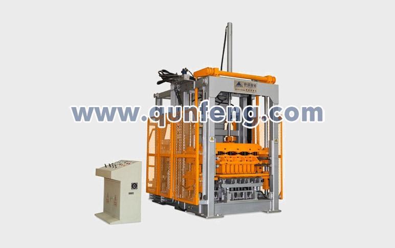 群峰智能QFT10-15(300)水泥砖机高清图 - 外观
