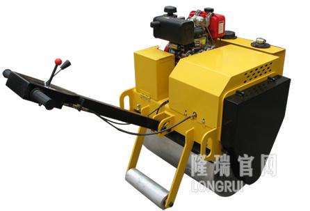 隆瑞机械LRY700手扶振动压路机