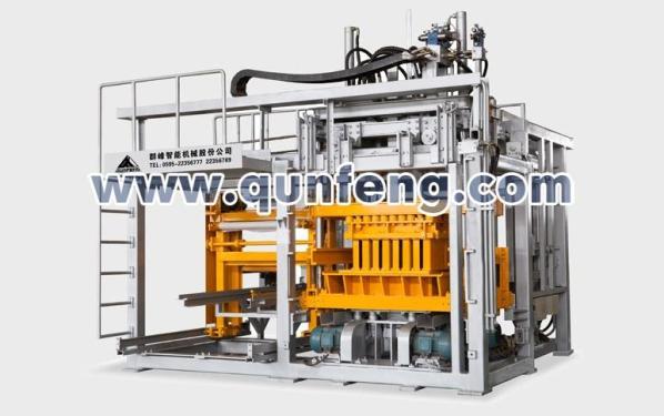 群峰机械QFTD8-20免托板砌块机