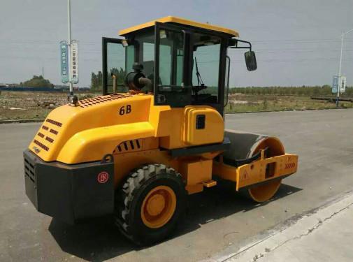 隆瑞机械LRY60驾驶式单钢轮压路机