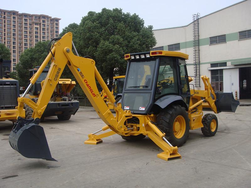 常林630A挖掘装载机