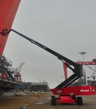 美通重工HT 390自行式直臂型高空作业平台
