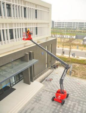 美通重工HZ160 RT自行式曲臂型高空作业平台