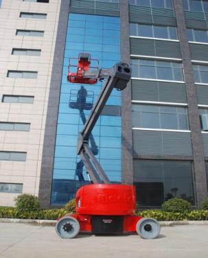 美通重工HZ140 DC自行式曲臂型高空作业平台