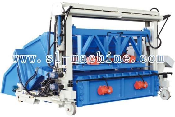 三联机械自行式地基砌块成型机