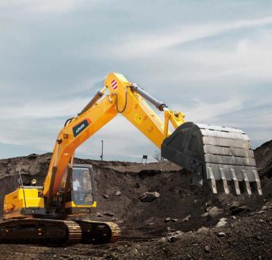 雷沃重工FR260E挖掘機