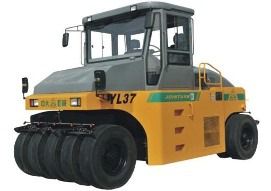 中大机械YL37液压传动变质量轮胎压路机