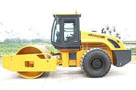 山推SR22MC机械振动单钢轮压路机