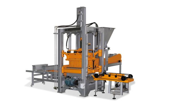 群峰机械QFT3-20砌块成型机