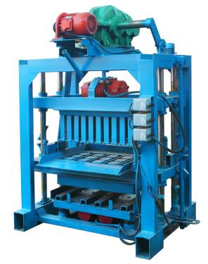 中材建科小型QTJ4-40II型免烧水泥砖机设备