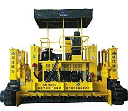 镇江阿伦AHT6000 型滑模式水泥摊铺机