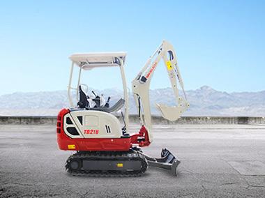 竹内TB218小型挖掘机