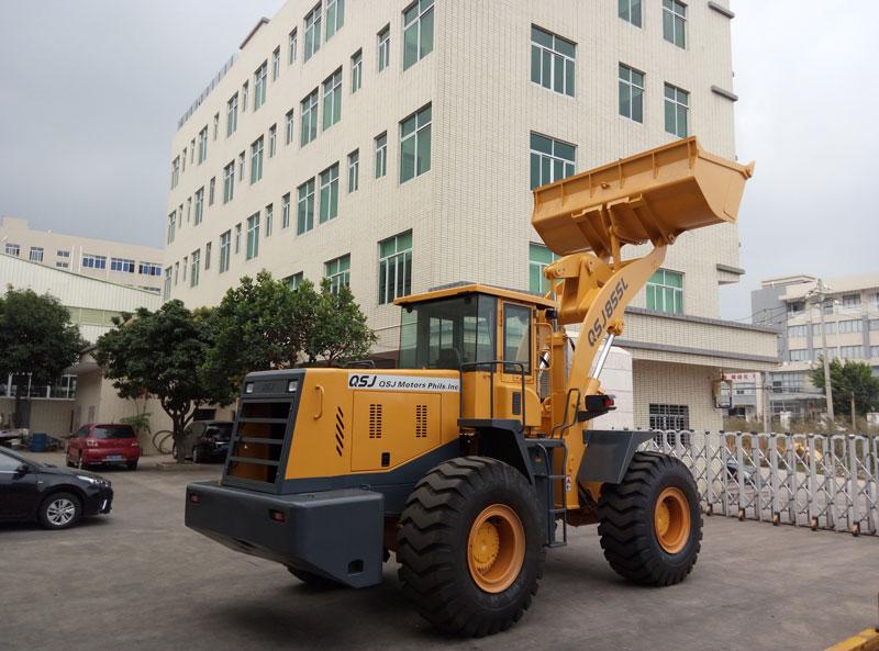中南传动QSJ838L轮式装载机高清图 - 外观