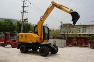 兴皓机械ZN80W-8轮式挖掘机