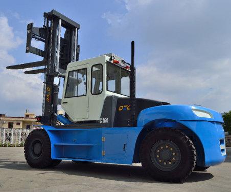 中南传动16吨内燃叉车