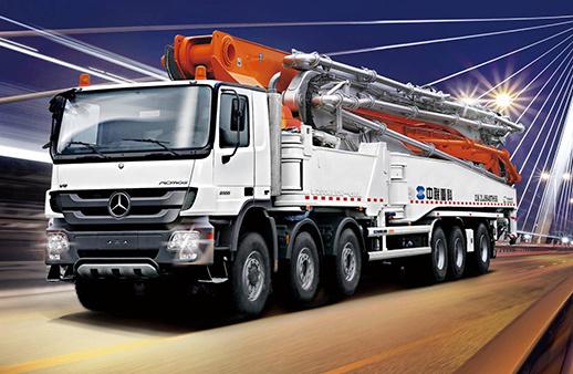 中联重科80-7RZ碳纤维臂架泵车