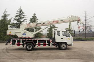 福康吊车688(10吨)汽车起重机高清图 - 外观