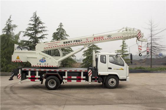 福康吊车688(10吨)汽车起重机