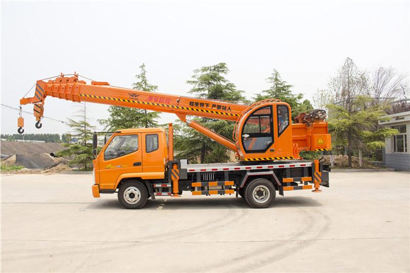 福康吊车588(8吨)汽车起重机