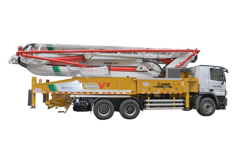 徐工HB48K(奔驰)混凝土泵车高清图 - 外观