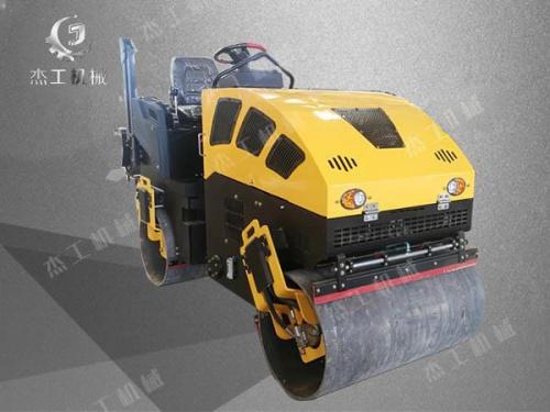杰工SDJG-2.8驾驶振动小型压路机