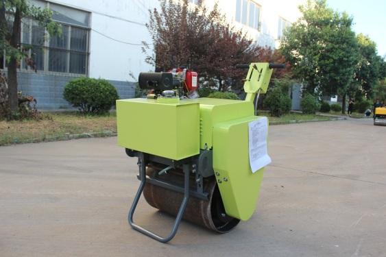 宜迅YX-30C手扶式单钢轮压路机