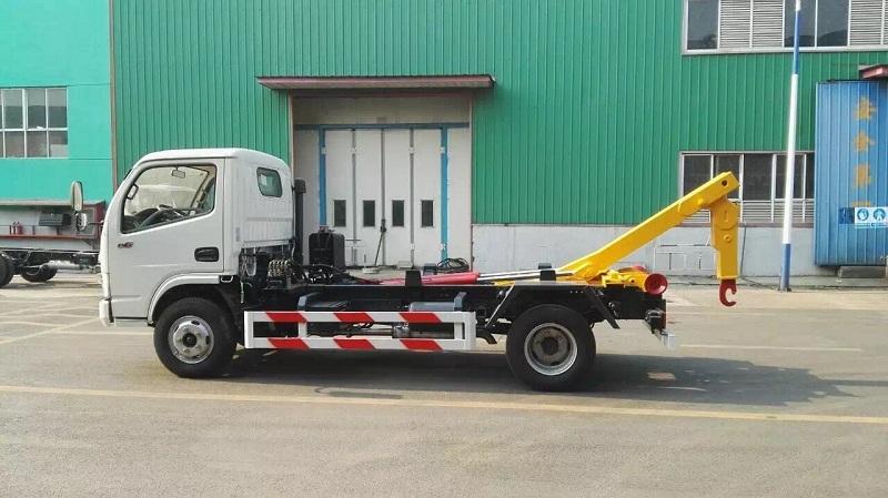 程力EQ1070SJ3BDF多利卡车厢可卸式垃圾车