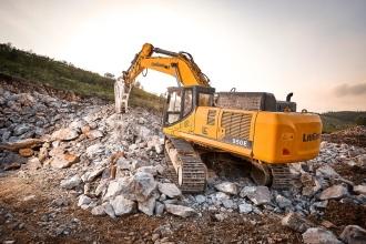 柳工CLG950E挖掘机高清图 - 外观