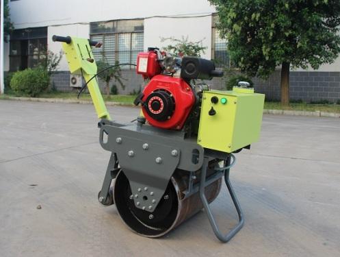 宜迅YX-30手扶式单钢轮压路机