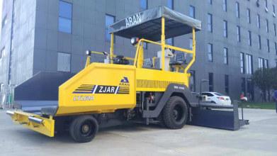 镇江阿伦LTL60型轮胎式沥青混凝土摊铺机高清图 - 外观