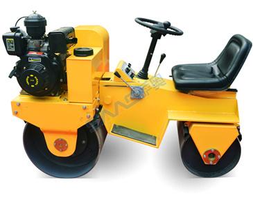 萨奥机械SYL-850座驾压路机