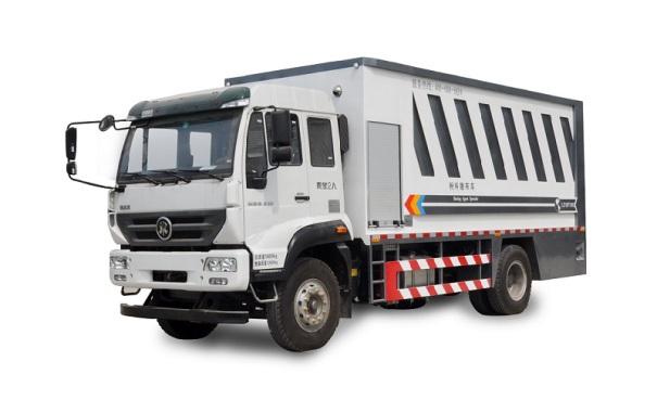 陆达重汽斯太尔12方(升级版)粉料撒布车