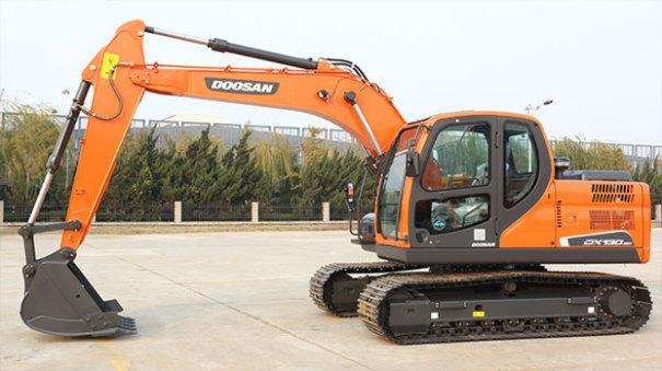 斗山DX130-9C挖掘机