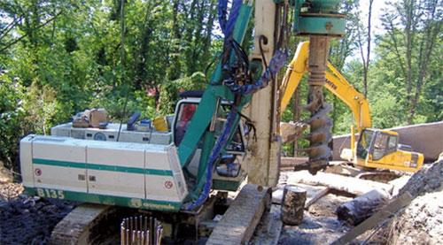 卡萨阁蓝地B135全液压旋挖钻机