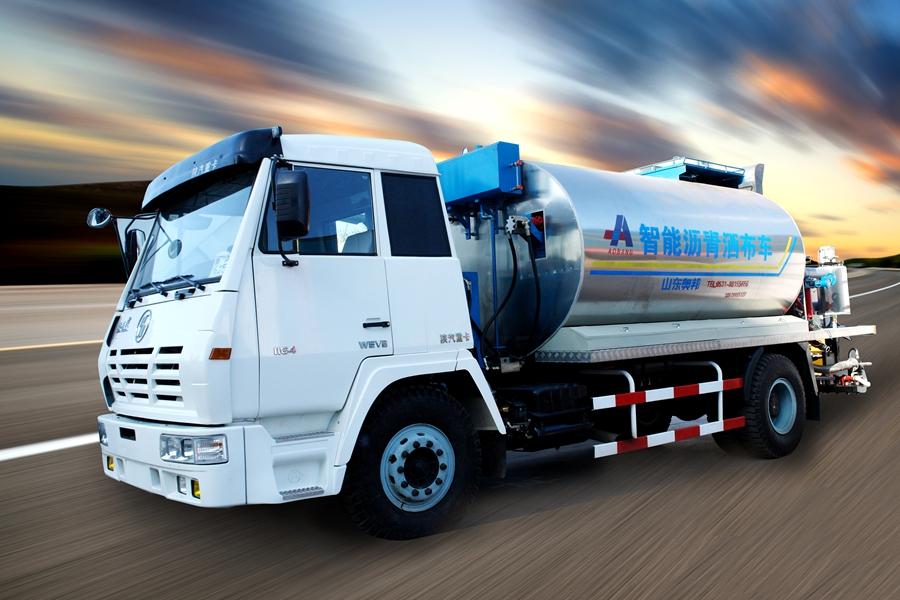 山东奥邦SX5165GLQ型8吨智能沥青洒布车高清图 - 外观