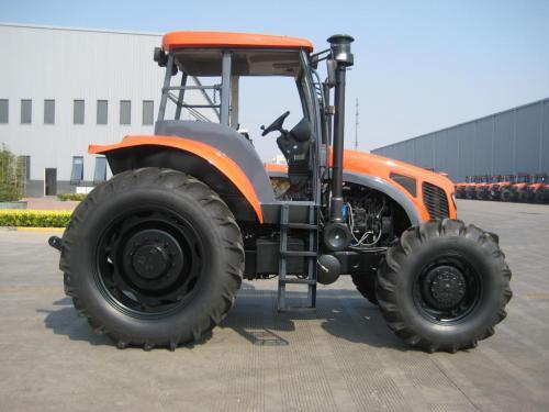 凯尔1204轮式拖拉机