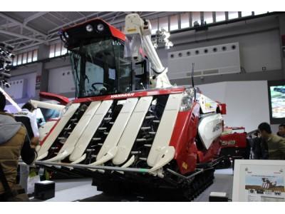 洋马农机AW6120水稻收割机高清图 - 外观