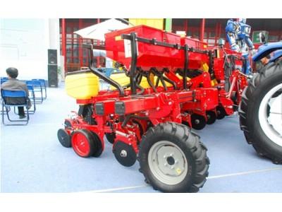 雷沃阿波斯种植施肥机械高清图 - 外观