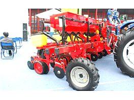 雷沃阿波斯种植施肥机械