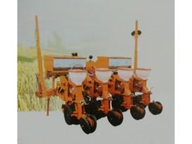 德农农机2BMQYF-4/4种植施肥机械